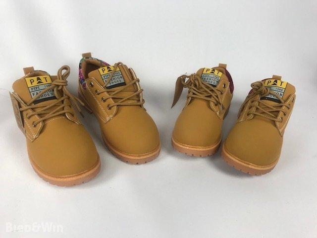 2x Paar Dames schoenen nubuck leder maat 40