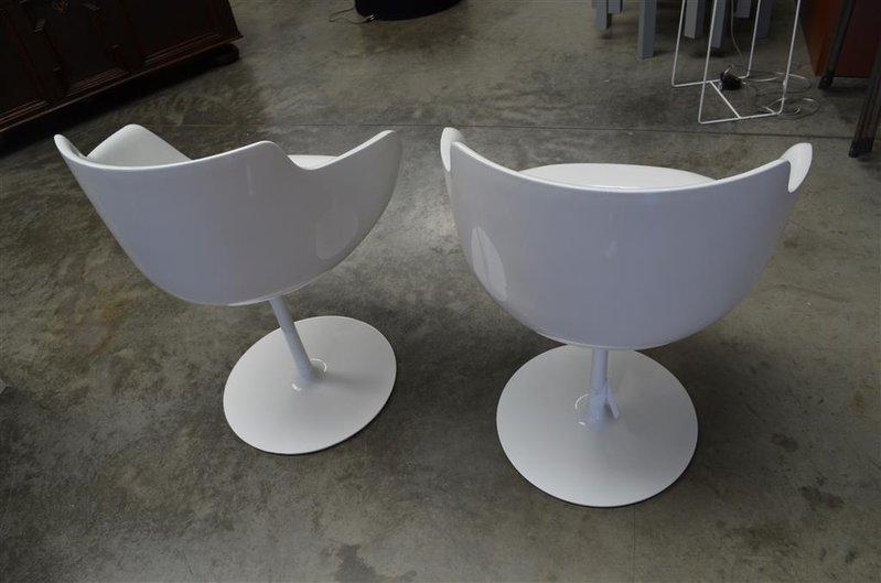 2x design eetkamerstoelen flow voorzien van for Design eetkamerstoelen wit